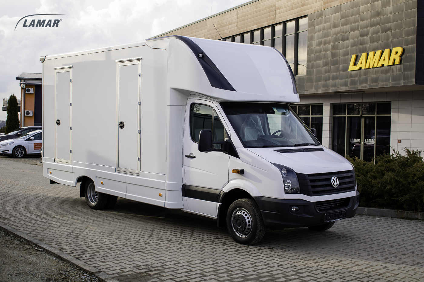 volkswagen crafter lambox f r logistik. Black Bedroom Furniture Sets. Home Design Ideas