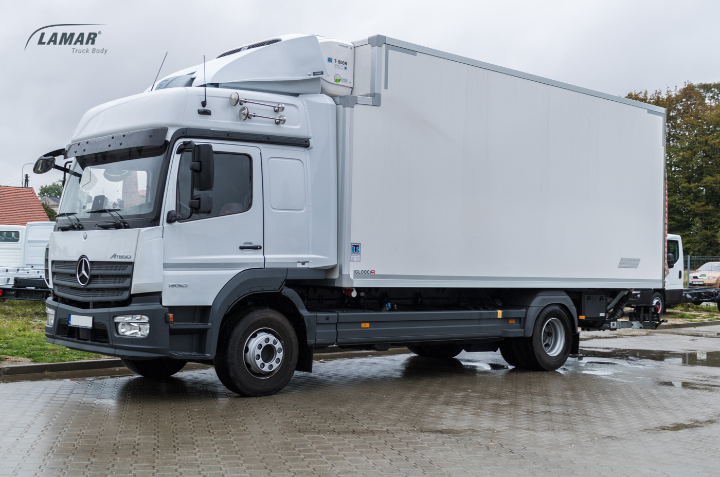 Mercedes Benz Atego Roof Spoiler With Aggregate Lamar
